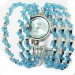 Декоративные часы с бисером голубого цвета