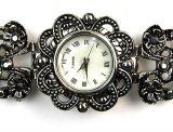Кварцевые часы браслетом для женщин