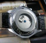 Модель в стиле часов BREITLING! Супер дизайн!