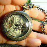 Мужские часы на цепочке с увеличительным стеклом