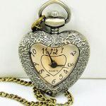 Часы кулон в форме сердца