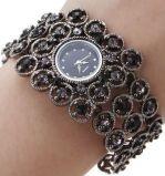 Женские наручные Fashion часы с кристаллами