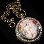 Карманные часы в старинном стиле